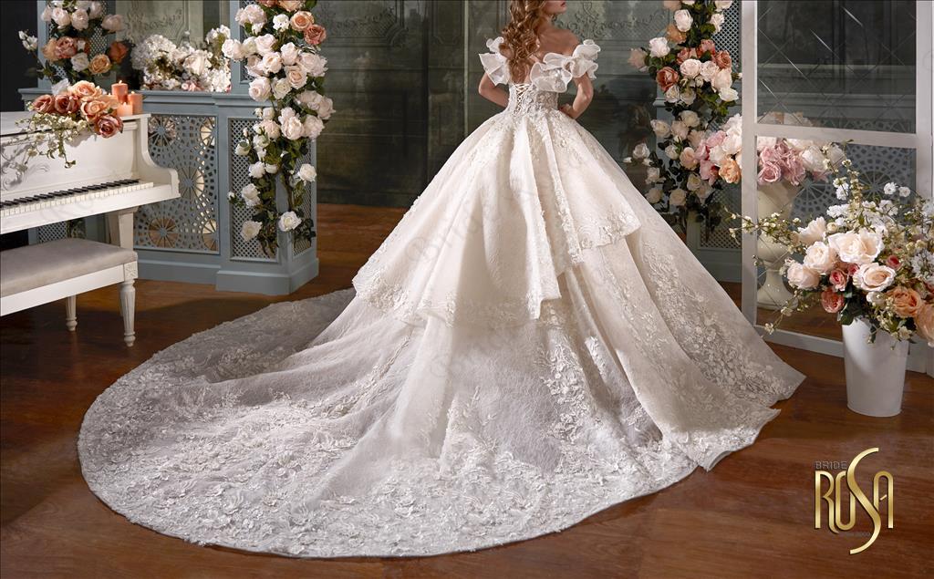 مجموعه تخصصی عروس و داماد برایدرزا مشهد