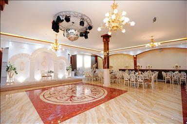 تالار و باغسرای قصرمینو 3
