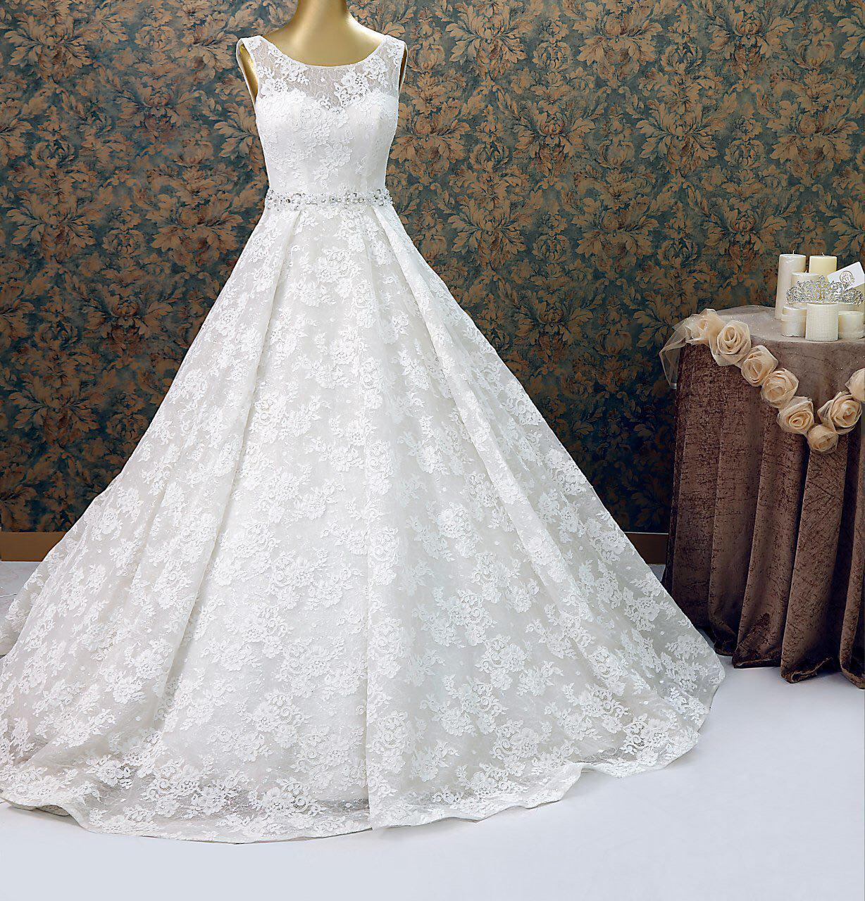 مزون لباس عروس لوتوس 3