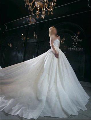 مزون لباس عروس و داماد مرداس
