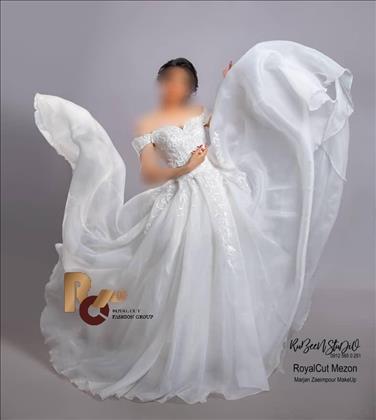 پکیج 1 لباس عروس مزون عروس رویال کات