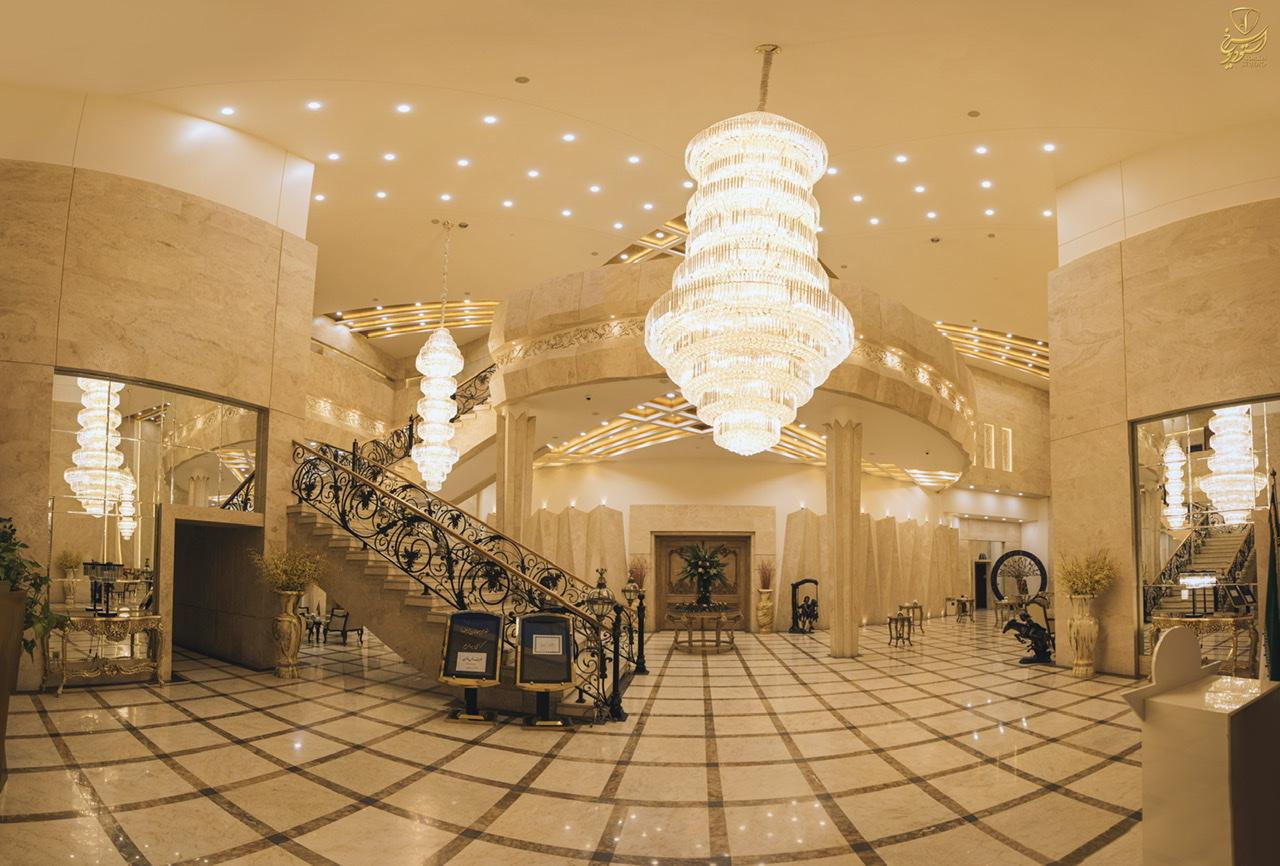 تالار قصر مجلل فرمانیه