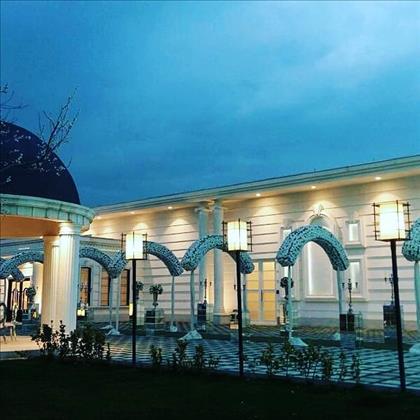 باغ تالار عمارت کاخ