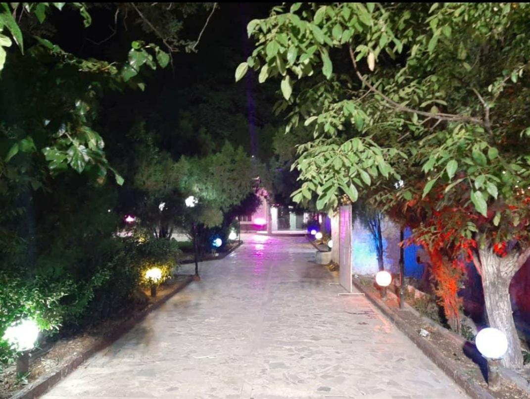 تالار و باغسرای شادی  مشهد